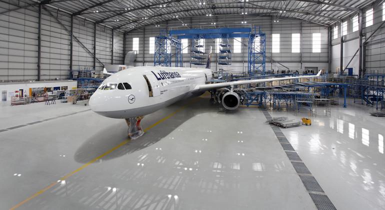 Підлоги для авіаційних підприємств