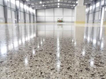 Чому полімерні підлоги кращі за звичайні покриття