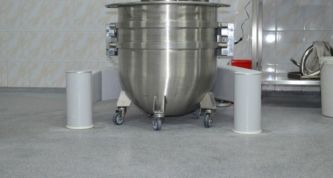 """Хлебзавод """"Кулиничи"""":  Площадь: 8500 м2 покрытие Peran STB; покрытие Flowfresh HF"""