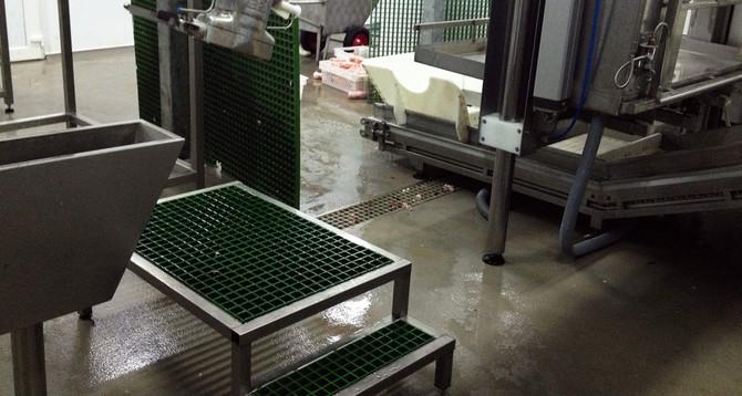 Макеевский мясокомбинат:  Площадь: 2800 м2 покрытие Flowfresh RT; покрытие Flowfresh HF